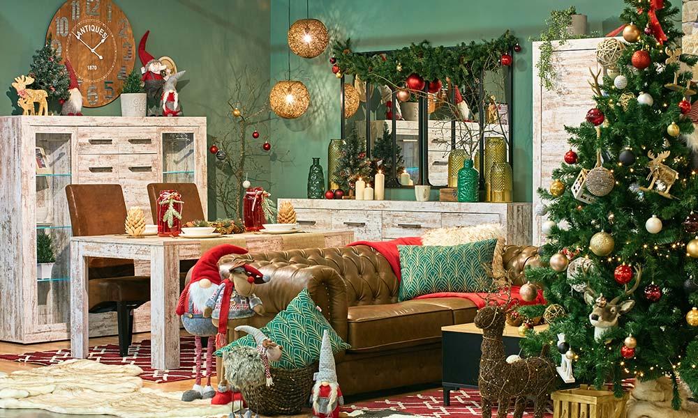 Decoração de Natal Clássica em vermelho na Conforama