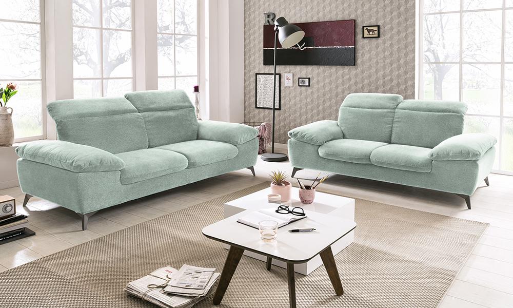 Como colocar dois sofás numa sala