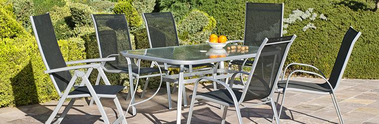 ¿Cena en la terraza? Descubre las mejores mesas para disfrutar este verano