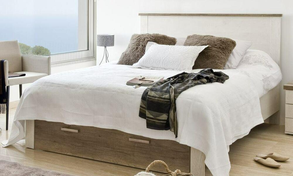 cama sem cabeceira