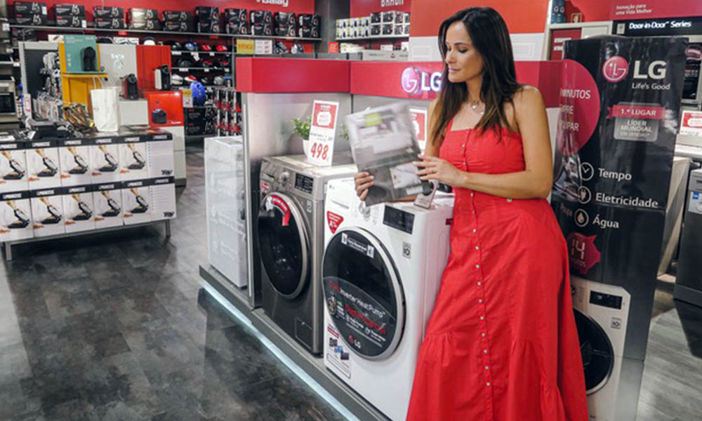 Helena com a sua máquina de secar ideal